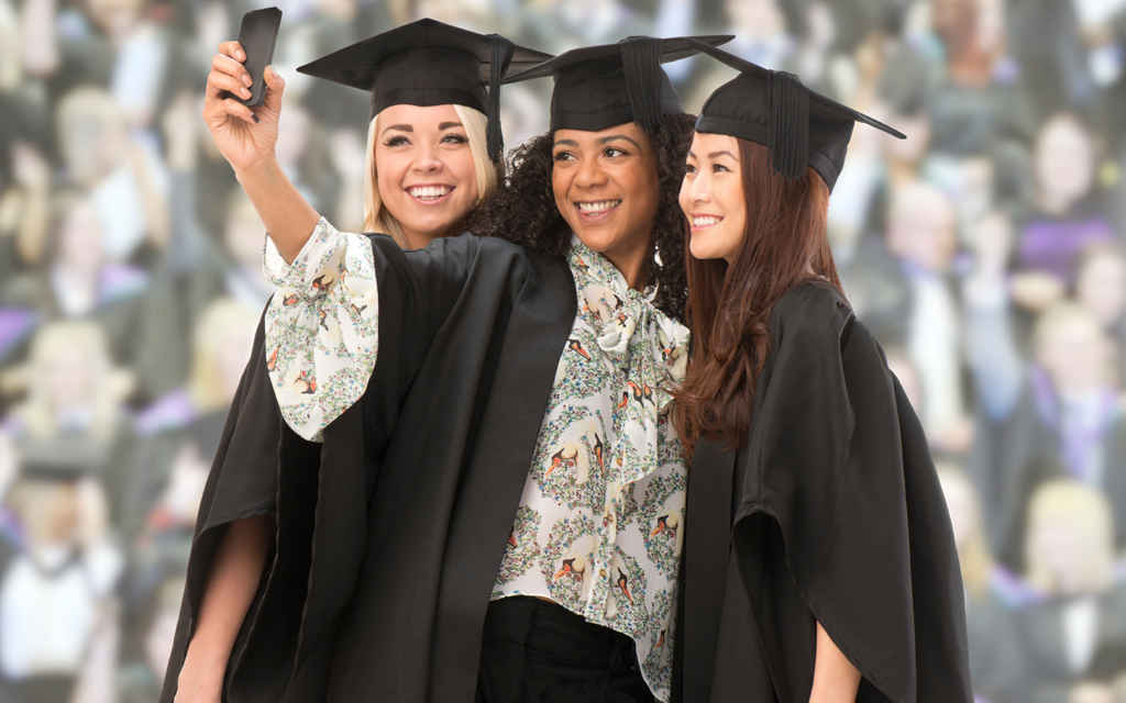 Five Ways to Avoid Scorn and Embarrassment at Your Graduation