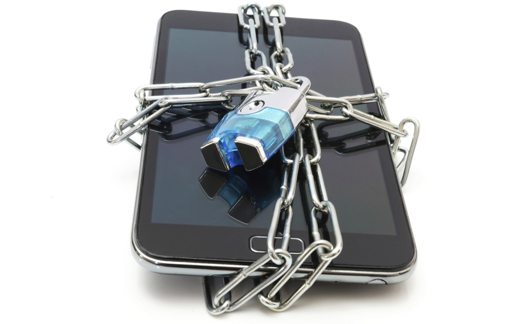 Best Mobile Practices: Tips to Help You Stay Secure and Keep Your Identity Safe