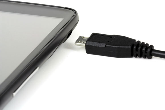 Fact or Fiction: Is it Harmful to Keep Your Phone Plugged-in Once it's Fully Charged?