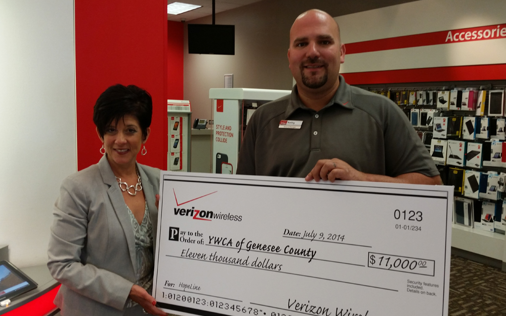 Verizon Wireless Makes $11K Donation to YWCA of Genesee County