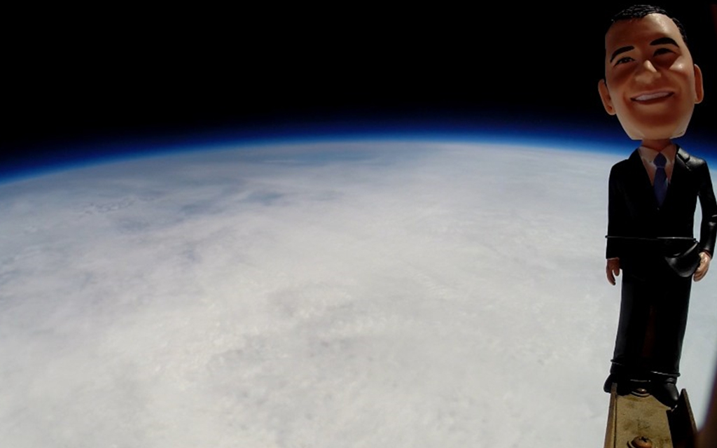 Floating Phones 18 Miles into the Stratosphere — For Science