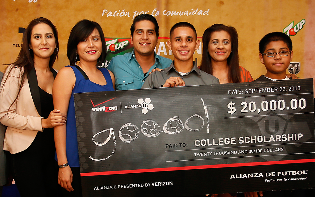 Alianza U Helps Students Score College Admission