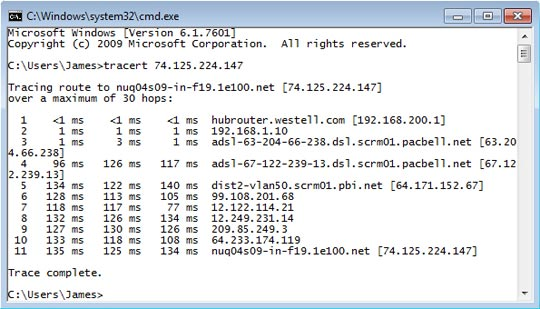 Windows command line interface with traceroute results